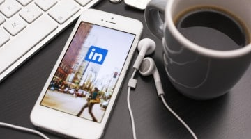 Build business relationships and grow your business with LinkedIn