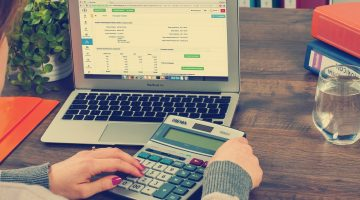 Starting a Small Business? Ten Ways a Bookkeeper Can Help