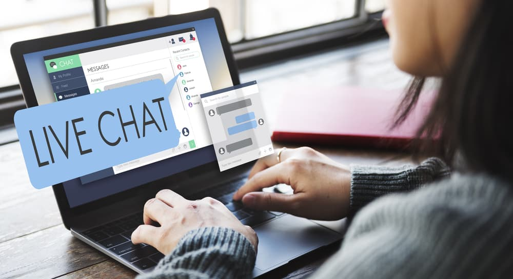 10 Reasons Your Business Must Have Live Chat On Your Site