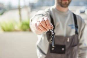 How to Earn a Living by Buying and Selling Cars 1