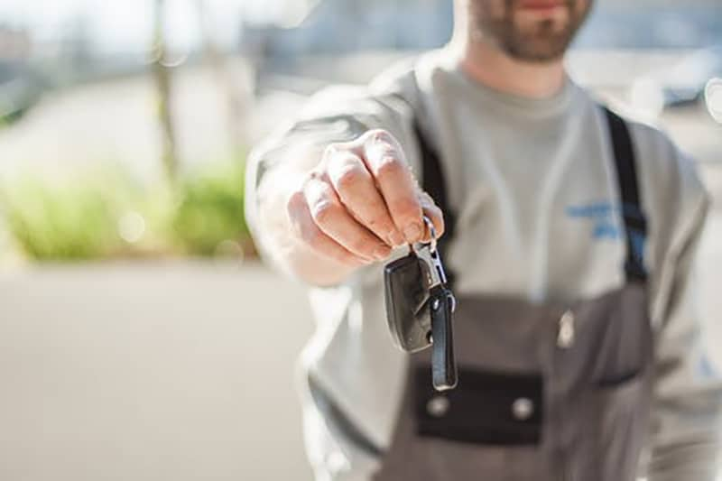 How to Earn a Living by Buying and Selling Cars