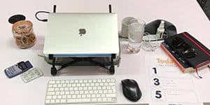What's on your work desk_Elliot Gold