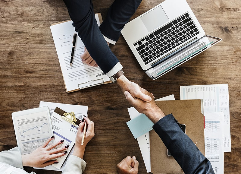 4 Ways a Partnership Can Strengthen Your Business