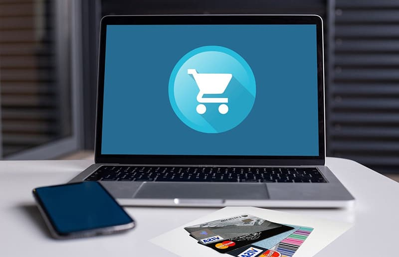 ecommerce shopping cart - buying from online store