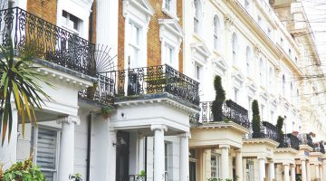 White architectural baroque building – townhouse property