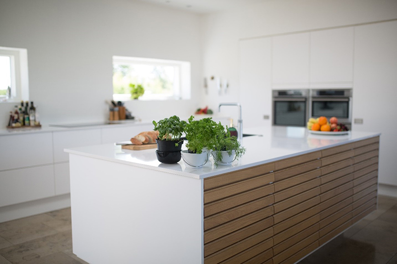 White and neat painted wall kitchen