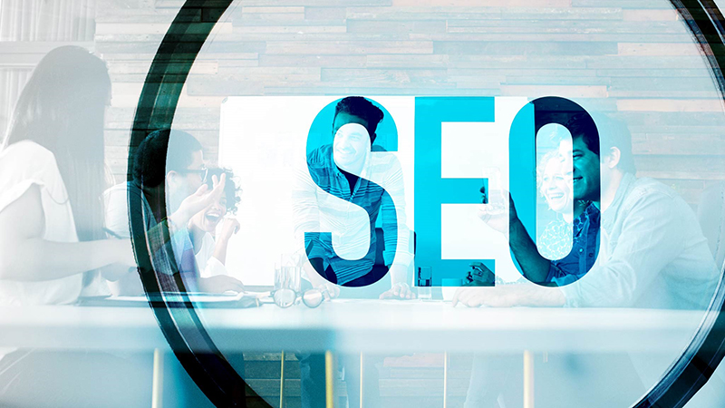SEO concept with people in the background