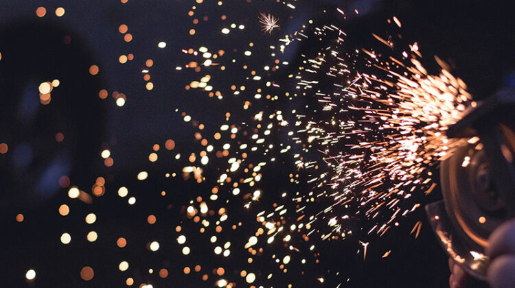 Sparks saw equipment metal tool for working on raw materials