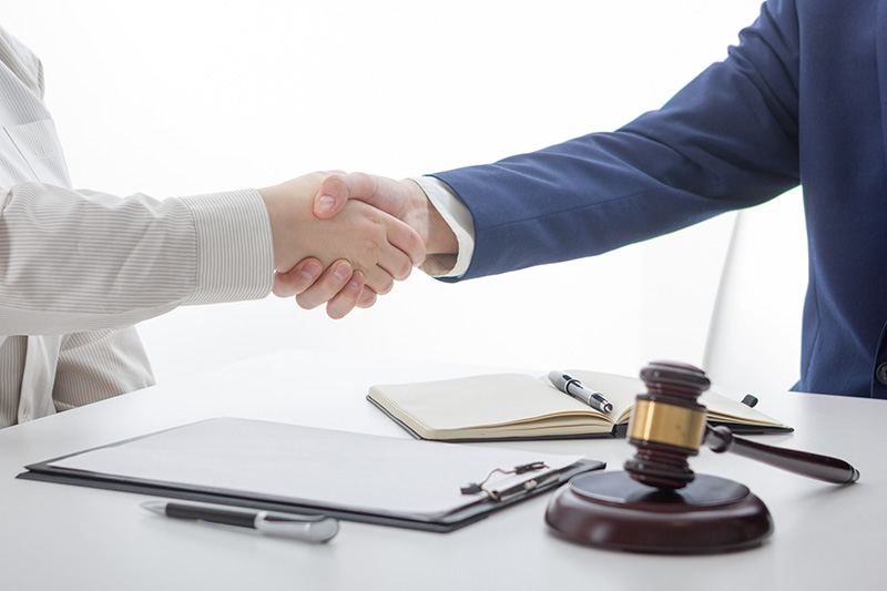 Contract and lawyer consulting concept