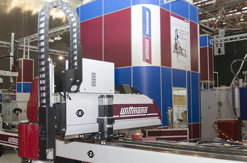 Plastic moulding machinery