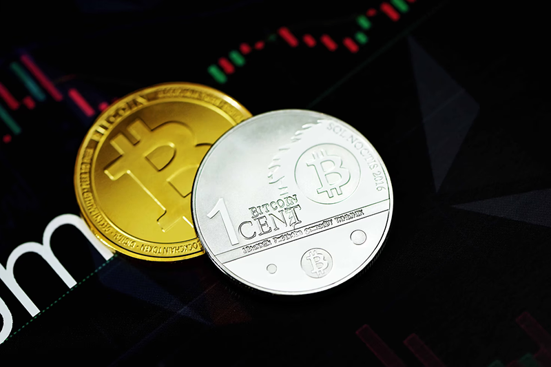 Gold and silver bitcoin